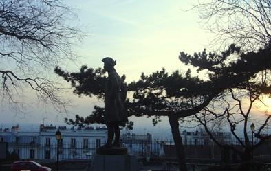 Paris_Montmartre_Chevalier_de_la_Barre 2.jpg