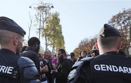 Paris,ambassade américaine,france,fanatisme religieux,islamistes,salafistes