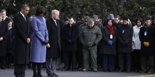 1e-president-obama-et-son-epouse-ont-observe.jpg