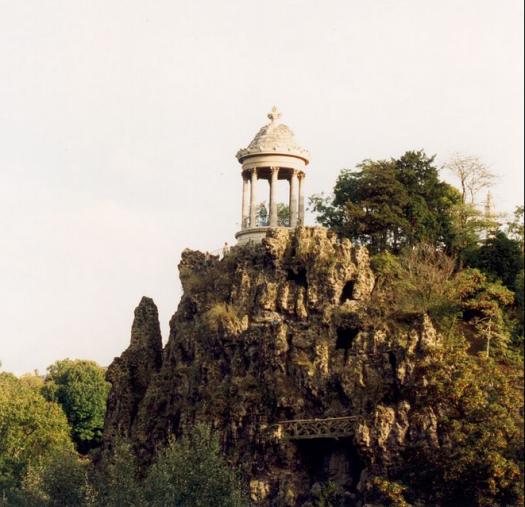 Buttes-Chaumont - temple de la Sibylle.png