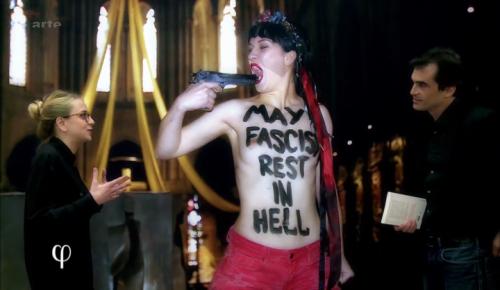 Blasphème, Charlie_hebdo, Gérard_Biard, Coco, Femen, ironie, Notre_Dame_de_Paris, pape_François